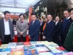 Tham gia Triển lãm sách Kỷ niệm 90 năm Ngày thành lập Đảng Cộng sản Việt Nam