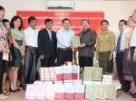 Lễ bàn giao sách của Dự án Lịch sử quan hệ đặc biệt Việt Nam-Lào, Lào-Việt Nam (1930-2007)
